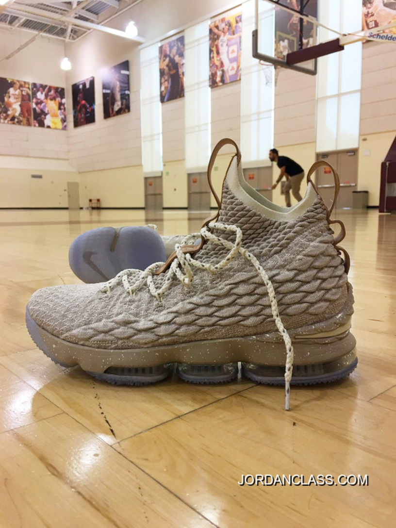 premium selection a4101 68ccd Nike LeBron 15 Ghost 897648-20017 Free Shipping